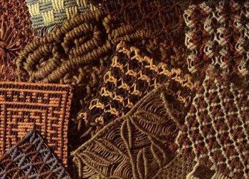 Плетение из стеблей и листьев болотных растений игрушки и сувениры