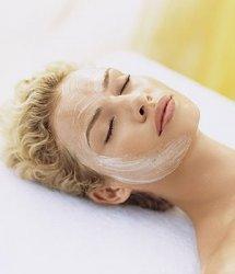 Домашняя маска для лица с йогуртом и витамином Е