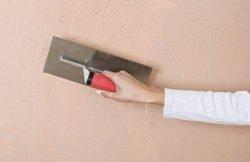 Как своими руками оштукатурить стены