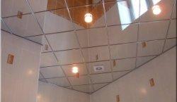 Клеим потолочную плитку по диагонали