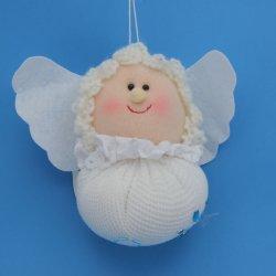 Декоративный ангел из ткани