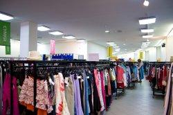 Как устроить освещение в магазинах одежды