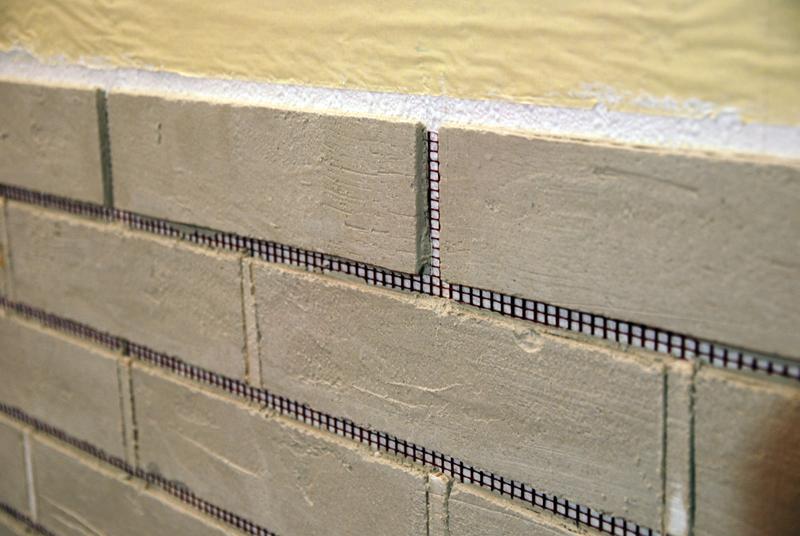 Стена из кирпичей своими руками