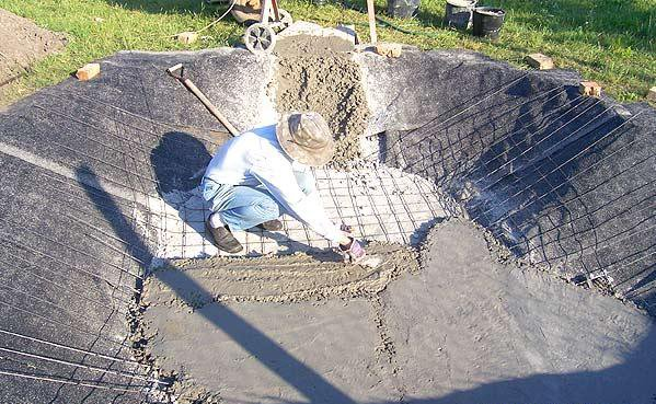 Своими руками бетонировать пруд