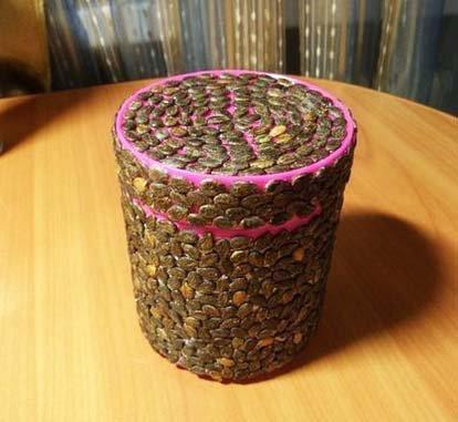 Поделки из арбузных семечек и пластилина - Юлия 5