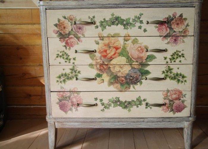 фото мебели декупаж с цветами