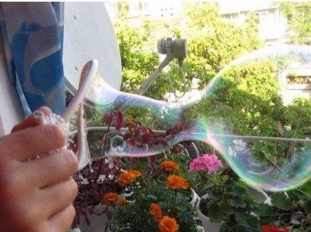 Прочные «цирковые» мыльные пузыри своими руками