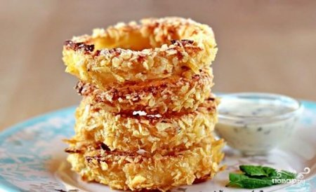 Рецепт: Луковые кольца с сыром