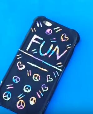 Как сделать обложку на iPhone с цветными надписями