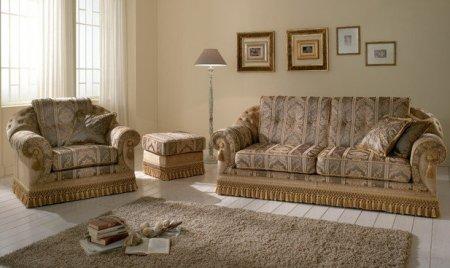 Война с пятнами на мягкой мебели