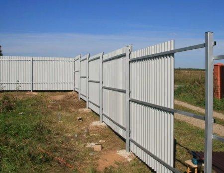 Ставим забор своими руками