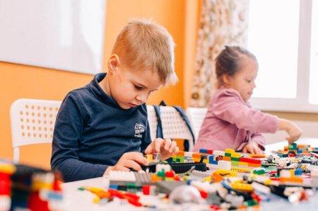 Правильное развитие ребёнка: топ-10 полезных конструкторов