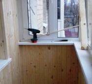 Как обшить балкон вагонкой, или все про обустройство внутри