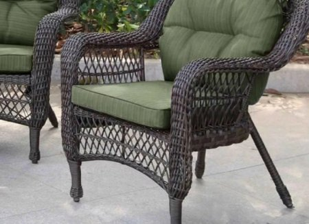 Предметы мебели из искусственного ротанга