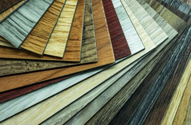 ПВХ плитка для прочного, эстетичного, износостойкого и безопасного напольного покрытия