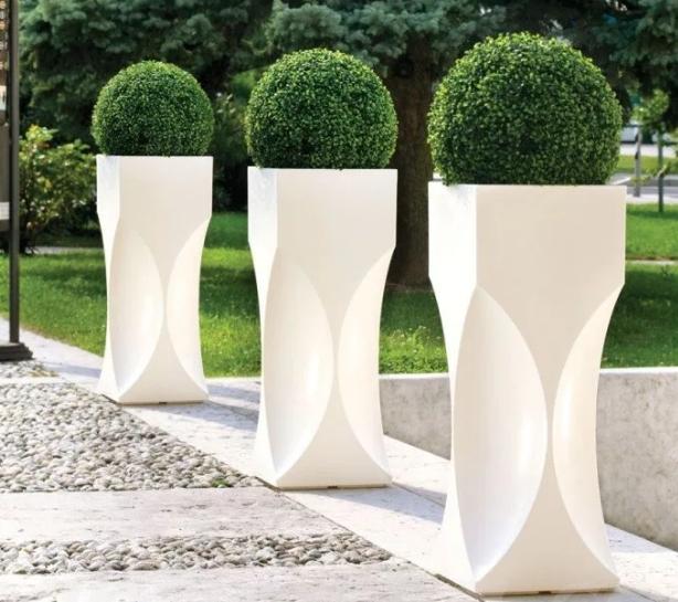Стеклопластиковые изделия в ландшафтном дизайне